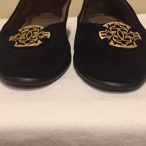 AEROSOLES Shoes - Aerosoles Exhibet Black Suede Flats